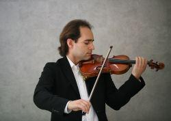 Guzzo with Stradivarius