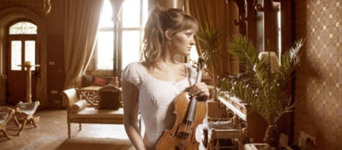 Young Scottish violinist Nicola Benedetti
