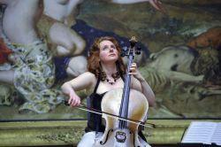 Hannah Roberts, cello