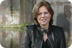 Pianist Kathryn Stott
