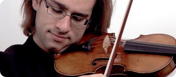 Violinist Giovanni Guzzo