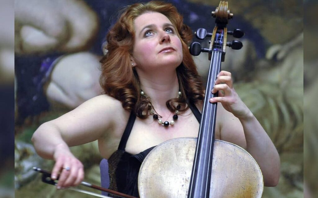 Hannah Roberts Principal Cellist talks to The Strad in their latest podcast.